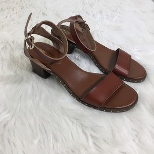 AEO Sandals Studded Sole Chunky Heel Faux Leather